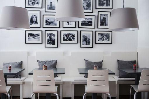 Bench seating Homan's Kitchen Cafe Sherrard Design